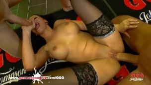 Jolee Love likes to get blowjobs and anal doggy rides – German Goo Girls